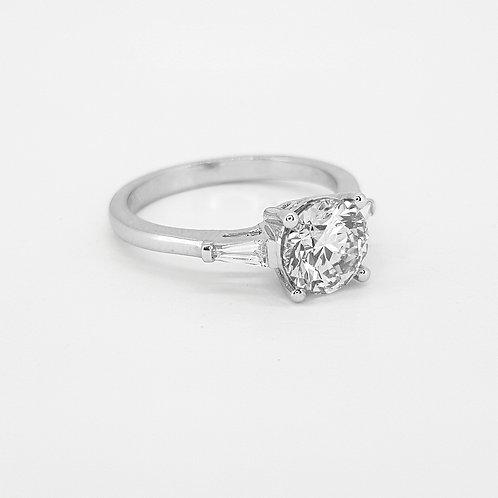 Solitaire diamond with baguette shoulders CS1.59CTSX0.13CTS