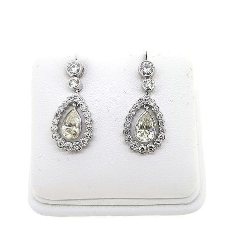 """Teardrop """"Kate"""" Diamond earrings, 2.82 carats in total"""