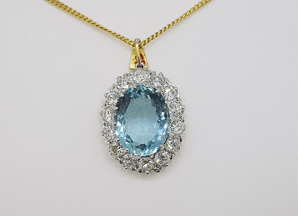 Aquamarine and diamond pendant a6.61cts d1.50cts