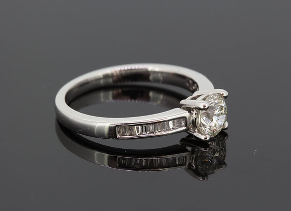 Channel set solitaire diamond ring d.85cts