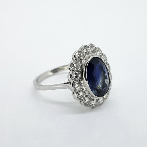 Sapphire and diamond cluster ring S4.55Cts D1.25Cts
