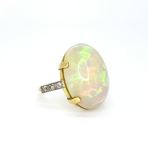 Opal and diamond ring.  Opal est 10cts