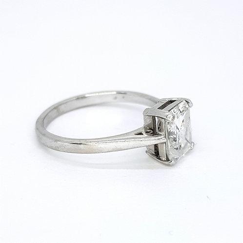 Radiant cut diamond ring D1.69CTS Hcolour Si22
