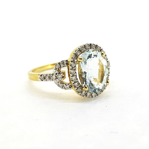 Aquamarine and diamond cluster ring Aq2.30Cts D0.40Cts