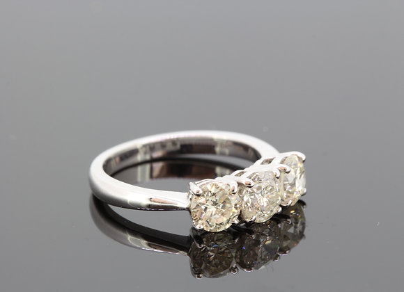 Three stone diamond ring 2.25cts