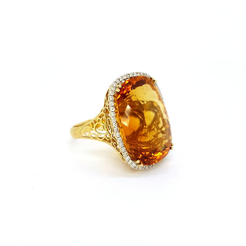 Citrine and diamond ring Cit 45.0CTS D0.040CTS