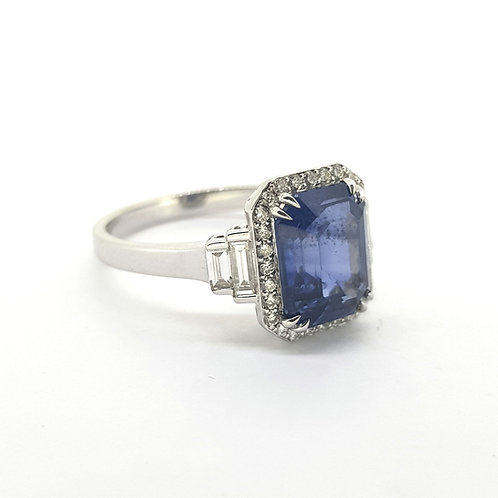 Sapphire and diamond cluster ring S3.28Cts D0 36Cts