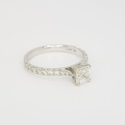 Asher cut diamond ring 0.58Cts F colour VS1 certified