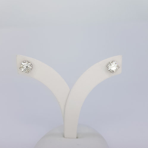 18CT  Diamond studs 1.20CTS