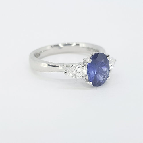 Sapphire and pear shape diamond ring S1.44CTS D0.30CTS Platinum