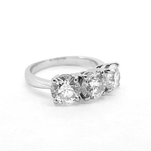 Three stone diamond ring D3.73Cts