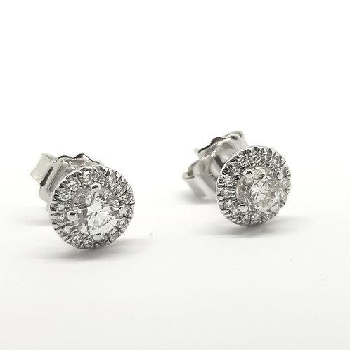 Diamond cluster stud earrings. TDW0.91Cts