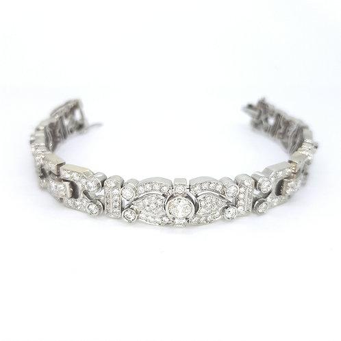 Platinum diamond bracelet 42grm est,  D11CTS
