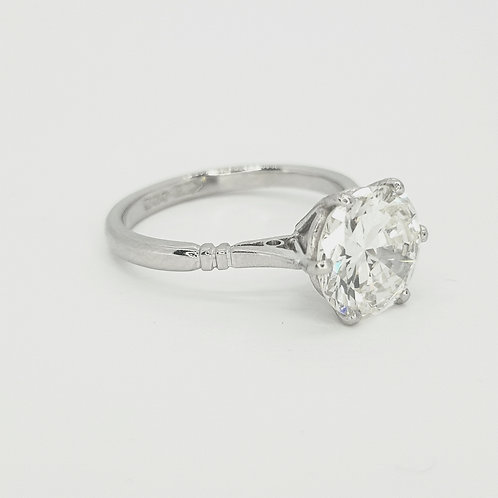 Platinum and diamond solitaire ring d2.59cts