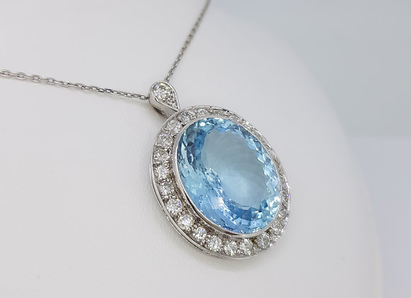 Aquamarine and diamond pendant d.26cts d2.20cts
