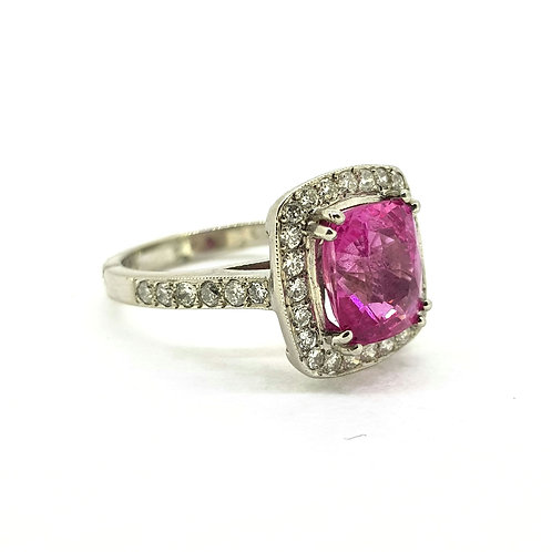 Pink sapphire and diamond cluster ring S3.75cts D.70cts