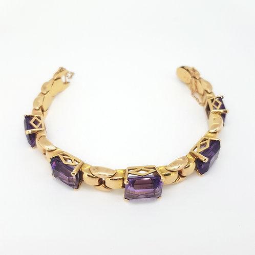 1940s Amethyst and 18 carat gold bracelet