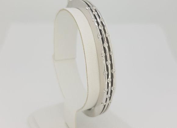 18ct diamond bangle