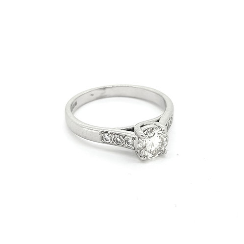 Solitaire diamond ring with diamond shoulders est.0.50Cts