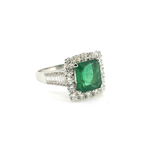 Emerald and diamond cluster ring Em2.61Cts D1.35Cts