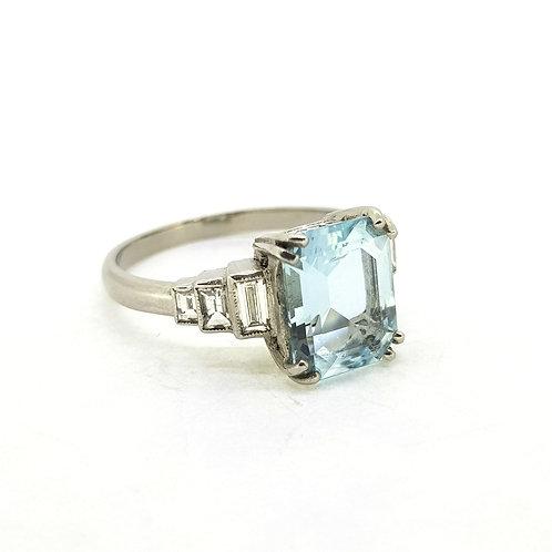 Aquamarine and baguette diamond ring Aq2.60Cts D0.40Cts platinum