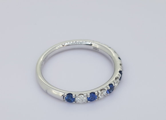 Sapphire and diamond et s0.30cts d0.25cts