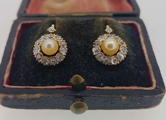 French natural pearl and diamond earings