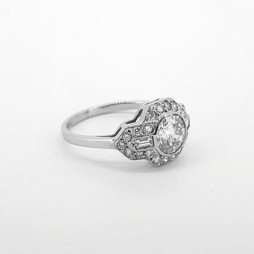 Diamond cluster ring CS0.94CTS X 0.80CTS
