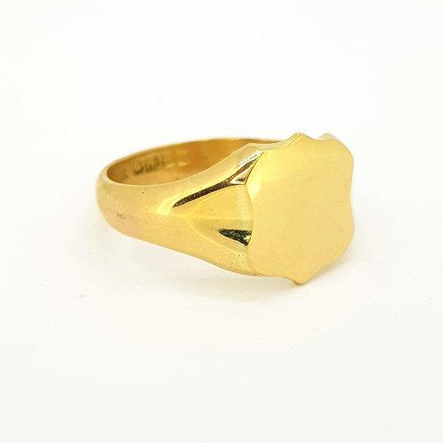 18 carat signet ring