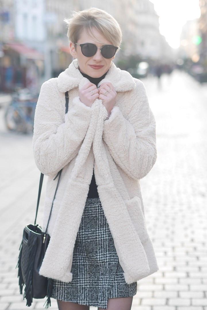 tendance hiver 2019 teddy coat blog mode idée de look