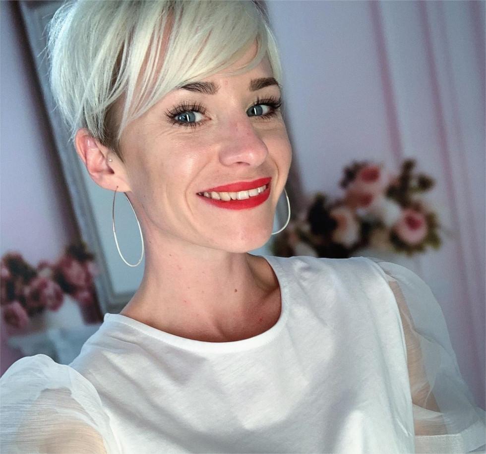 Domiciliée à Falaise, la blogueuse Pauline Martin veut devenir la Reine du shopping, sur M6