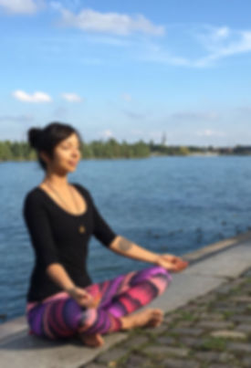 Yoga-Desiree.JPG
