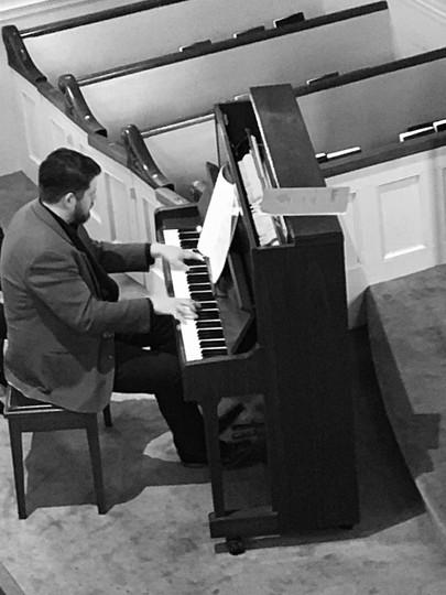 AM 2019 Nenad piano bw.jpg