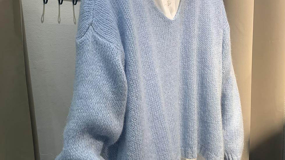 Pull bleu ciel
