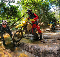 trail bike cairns