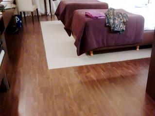 """PISOS DE MADERA: Terminación y acabado de pisos de madera maciza """"unfinished""""."""