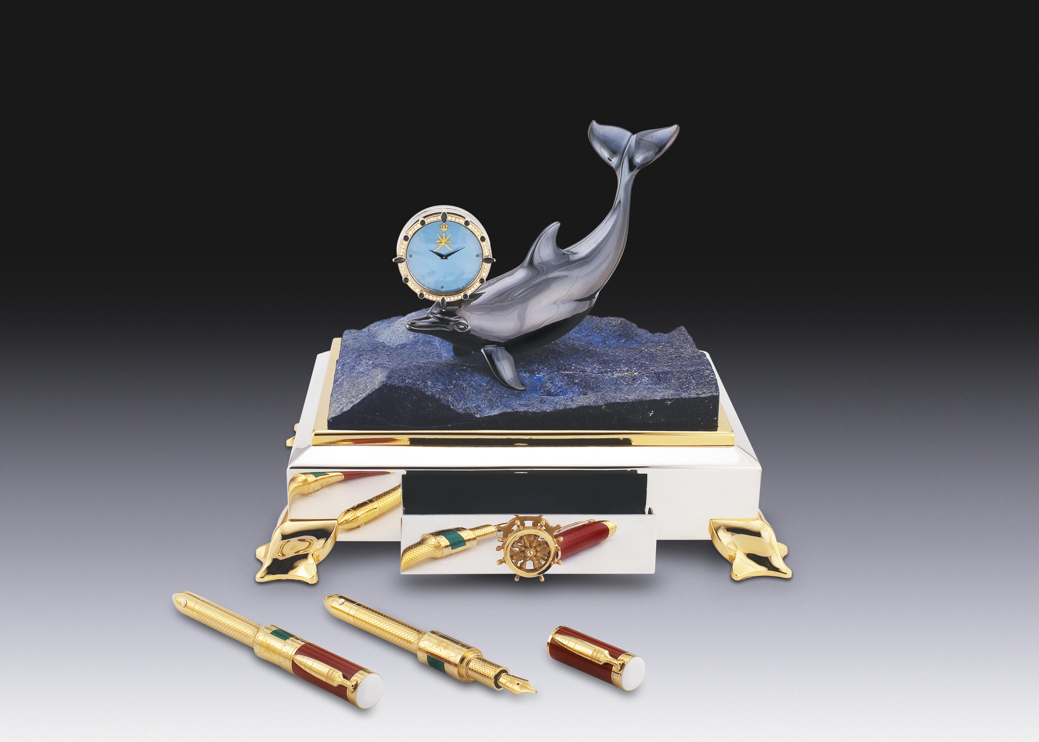 Dolphin Pen Holder