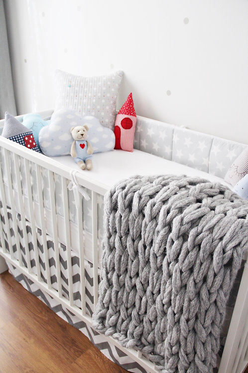 Light Gray Chunky Knit Baby Blanket
