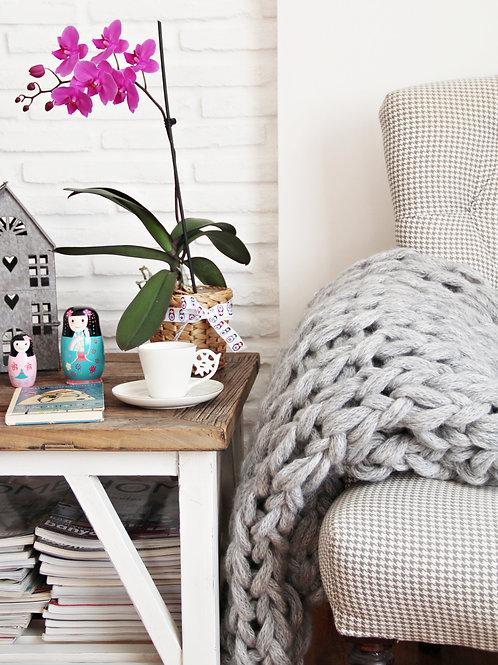 Light Gray Chunky Knit Blanket