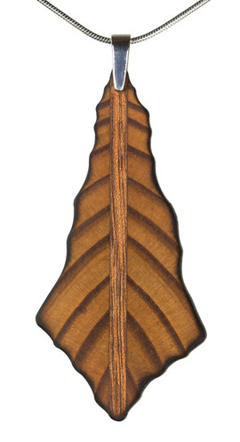 necklace leaf pendant.jpg