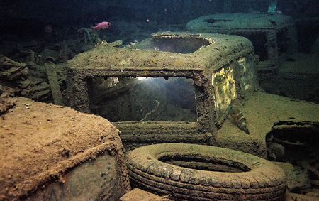 Wreck Diving At Night On SS Thistlegorm Red Sea
