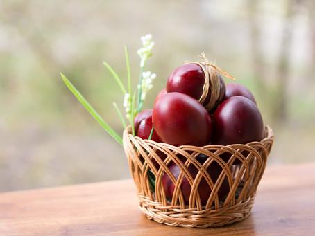 La légende de Marie-Madeleine, de l'œuf rouge à la rose