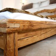 Designwerk Christl Altholz Bett Designmo