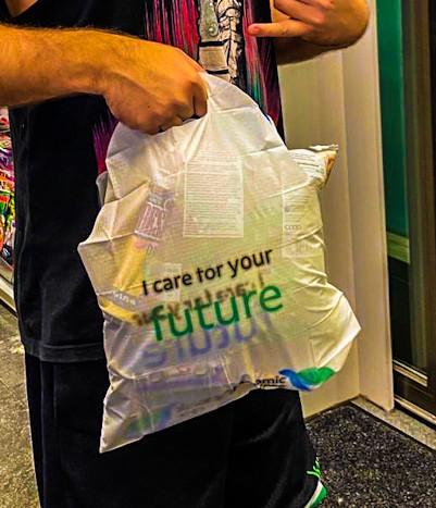Plastic bag store v2.jpg