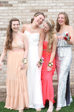 Prom girls laughing.jpeg