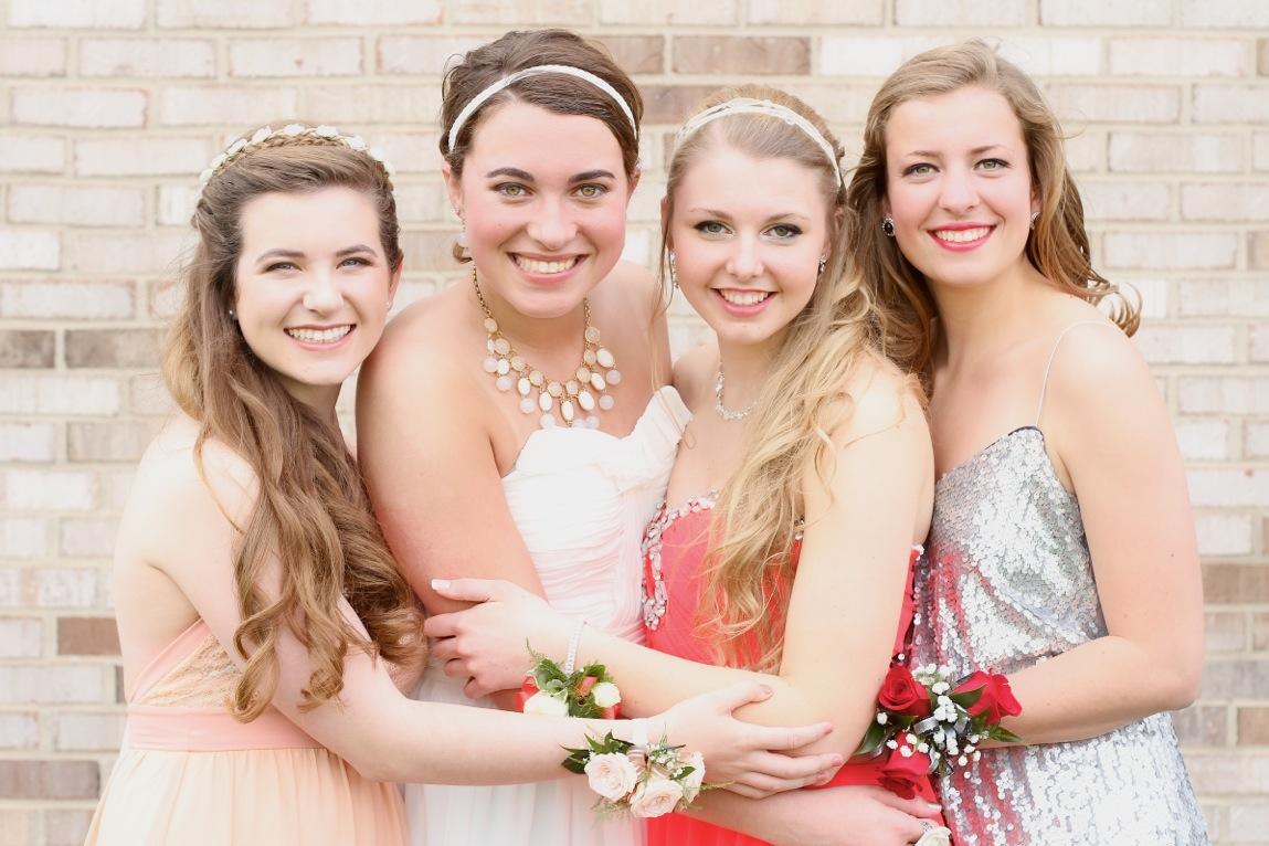 Prom girlfriends.jpeg