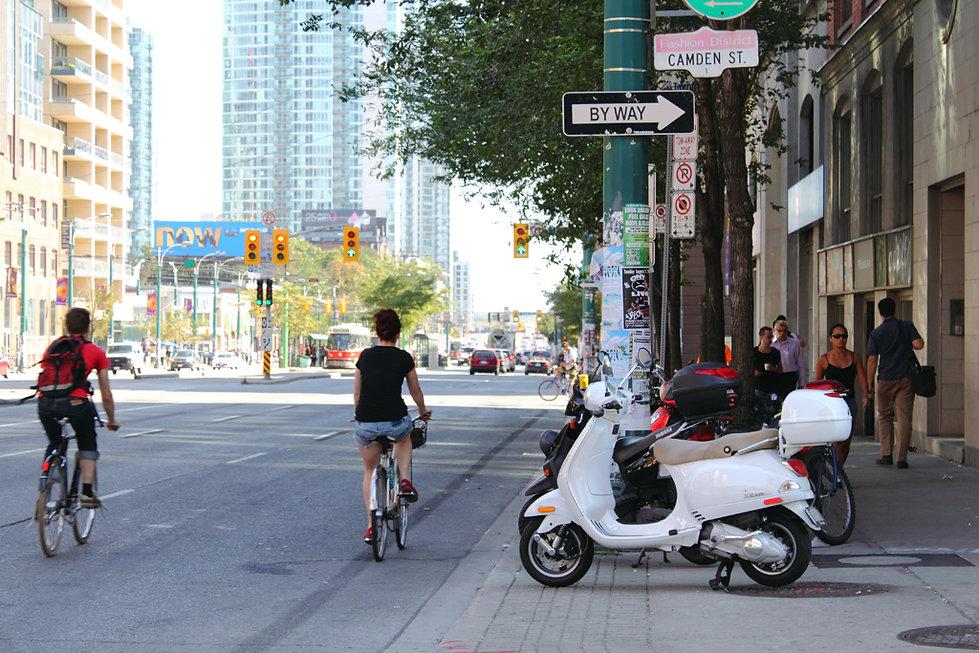 Directional02(Toronto-2011).JPG