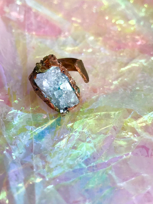 Copper Raw Quartz ring