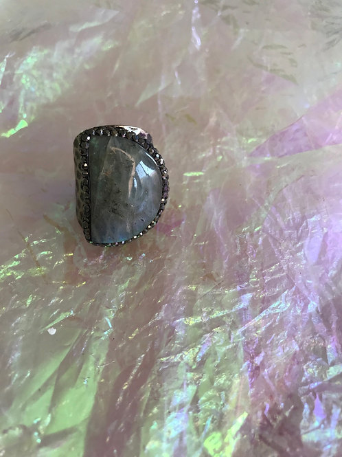 Flash Labradorite Ring