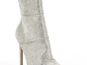 Show-Stopping Booties!! (ahem, below the knees...)